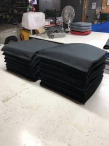 Réfection assise fauteuils de bureau par la sellerie minot